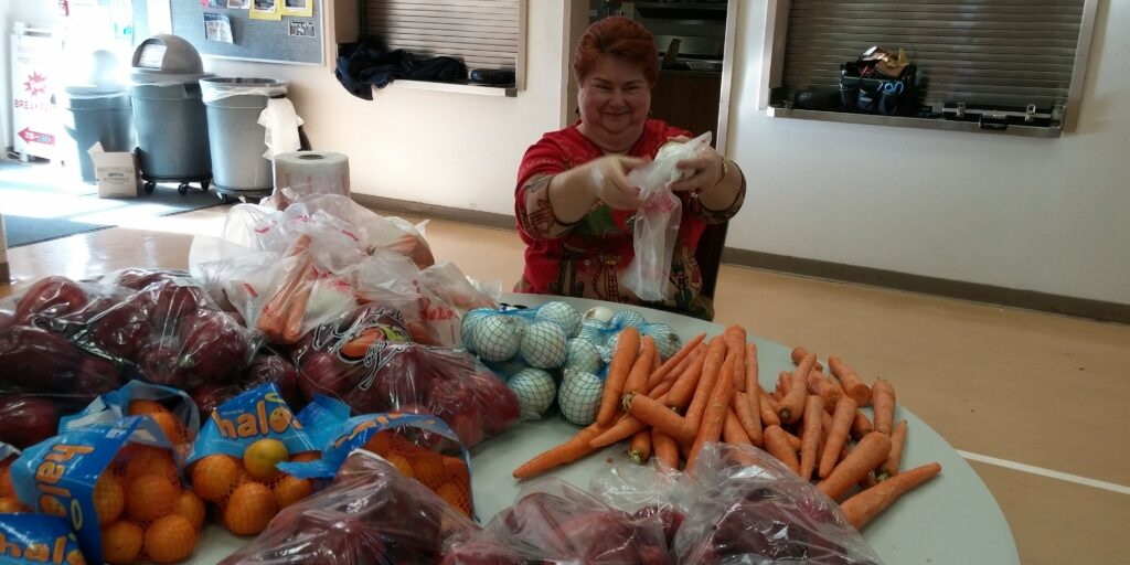 2016 giving tree deacons food ellen